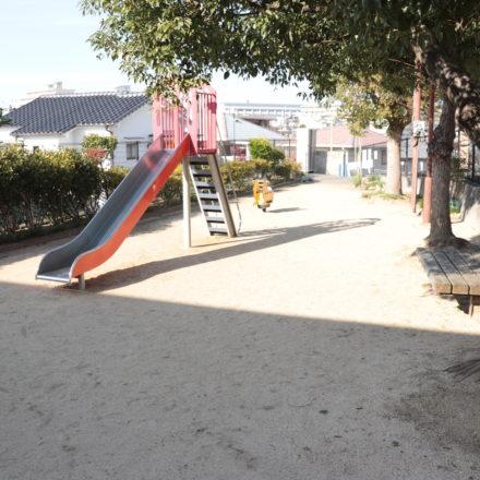 東朝霧丘クスノキ公園
