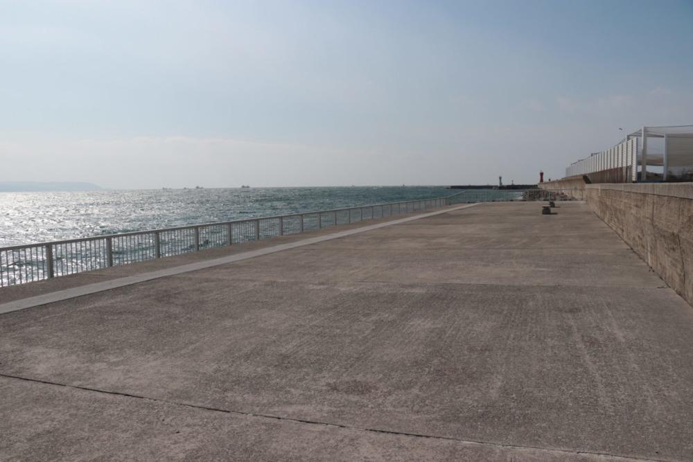 明石海浜ベランダ西側